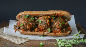vegan-beanball-sandwich-marinara-kale-sauce-13-2
