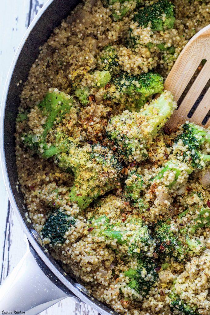 Vegan One Pot Broccoli Quinoa