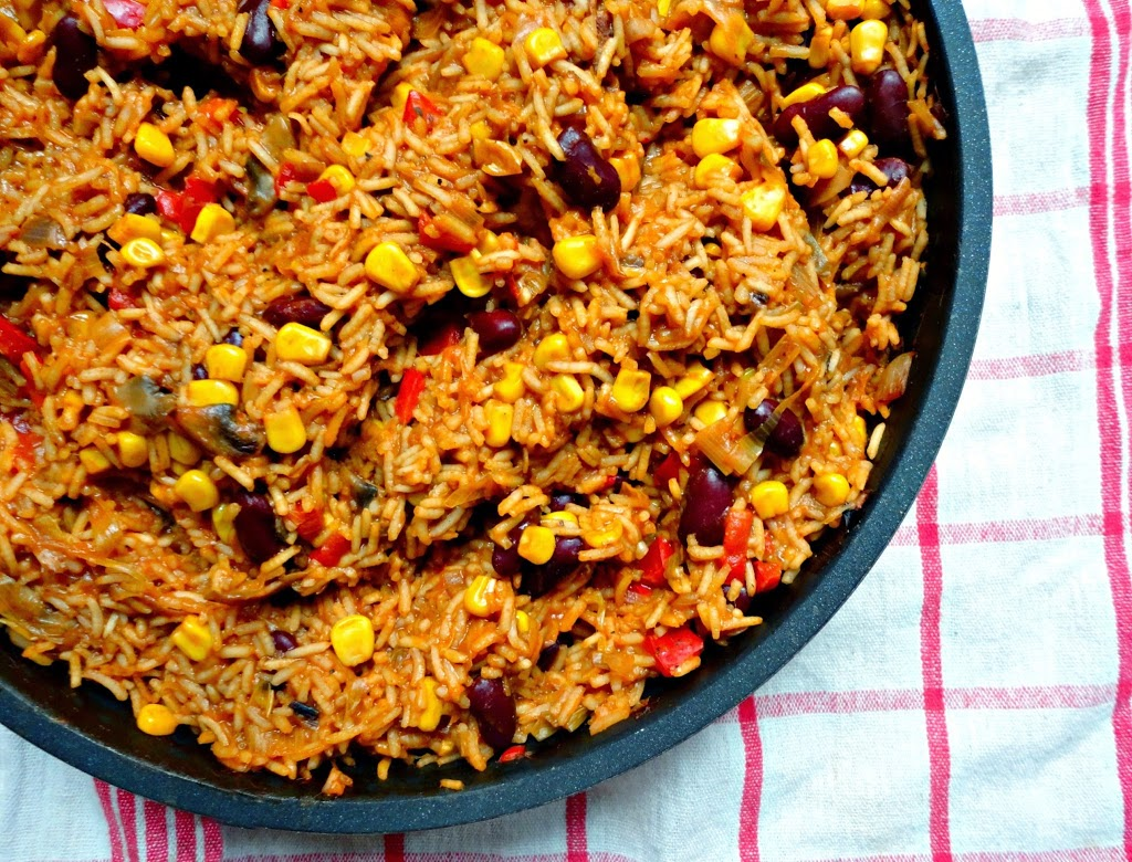 one-pan-mexican-rice-gluten-free-vegan-easy
