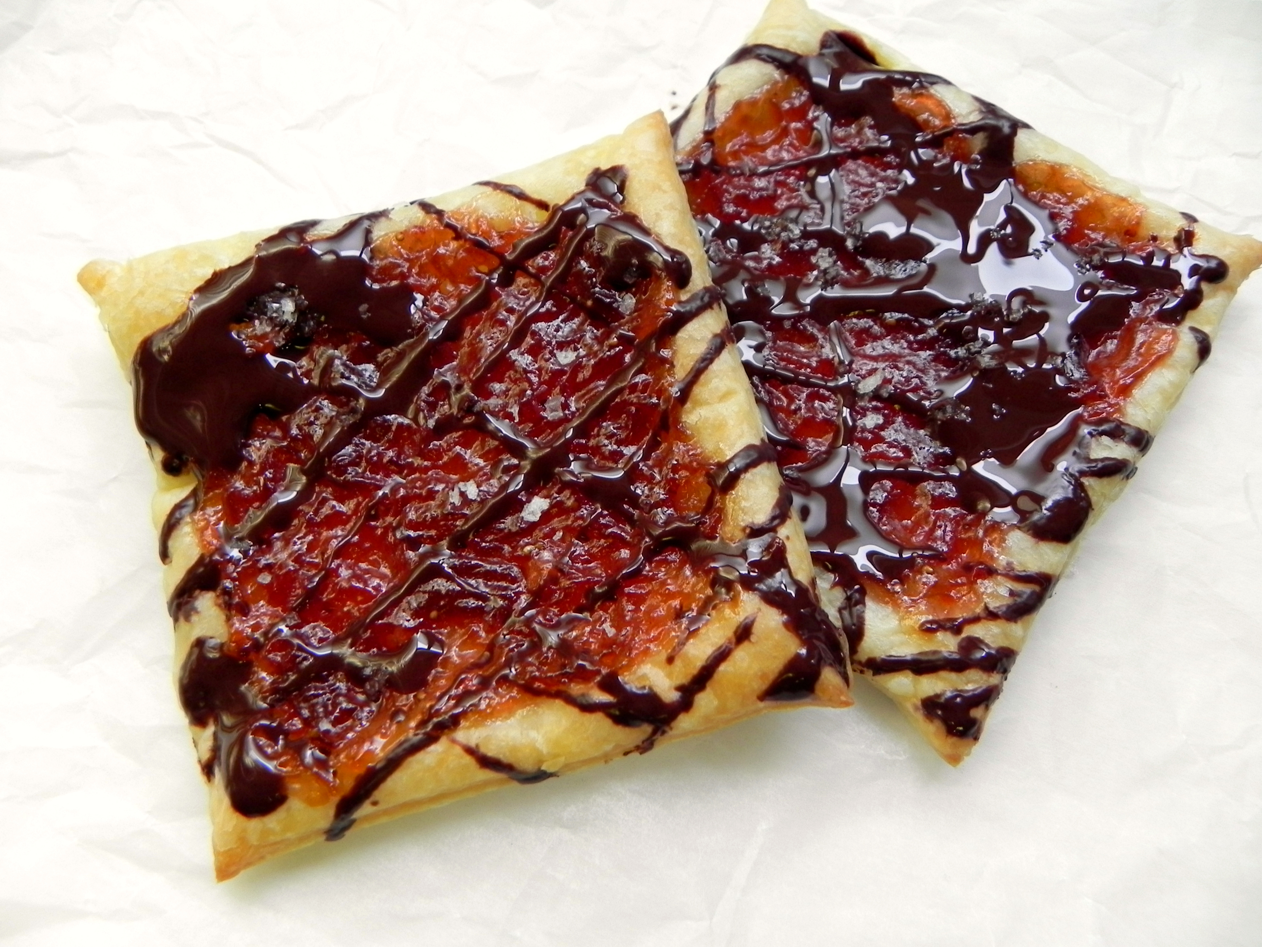 Quick cake with jam. Pastry Jam: A Simple Recipe 90