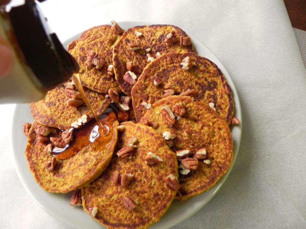 Pumpkin Oat Blender Pancakes