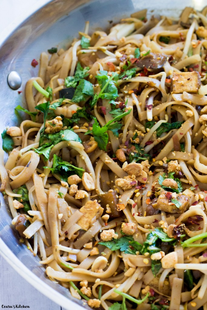 Vegan Spicy Peanut Noodles