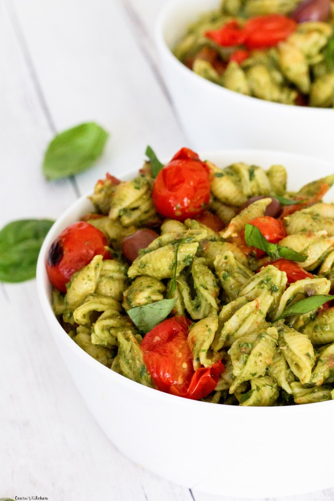 Vegan Avocado Pesto Pasta
