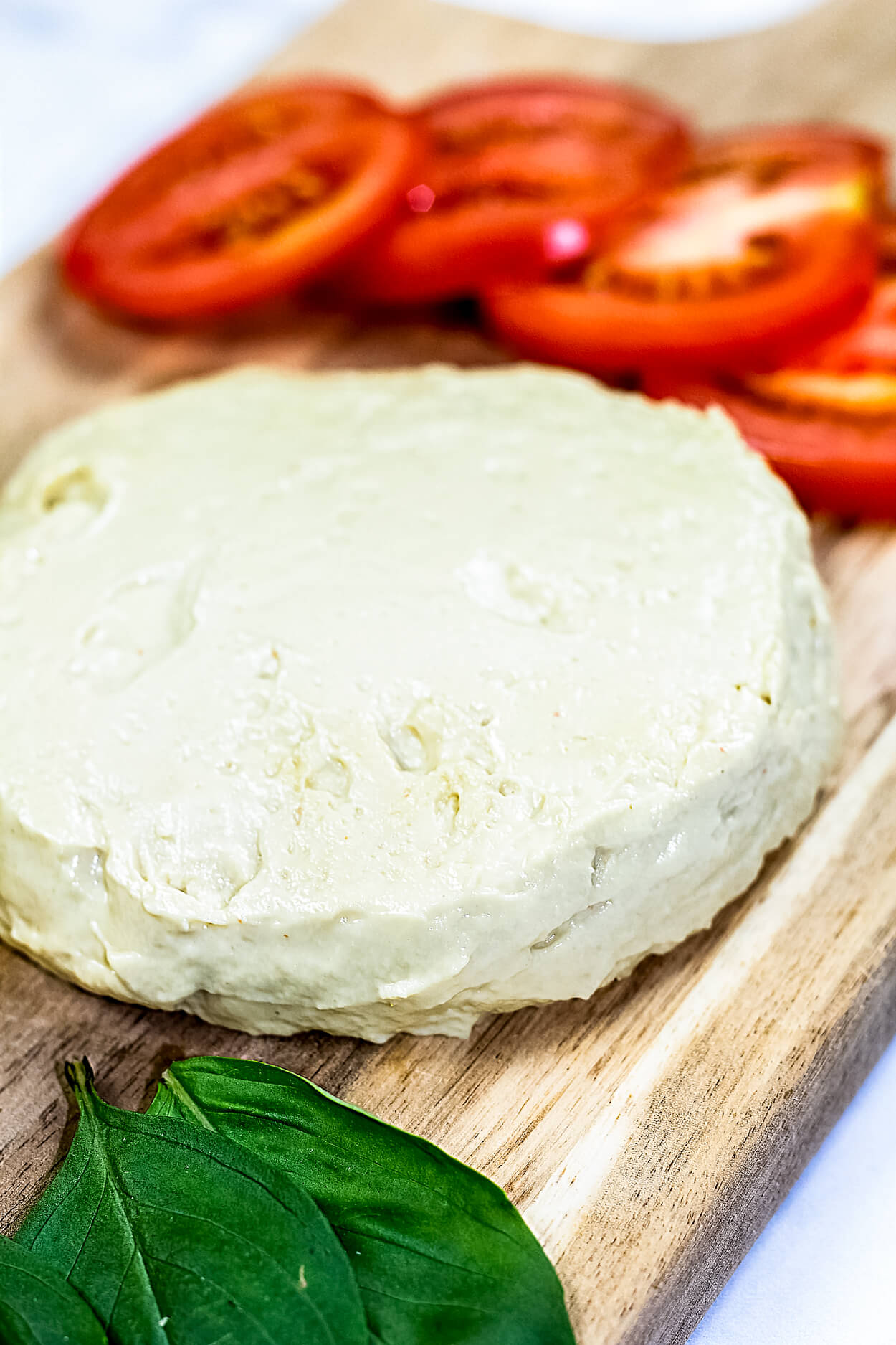 vegan mozzarella cheese
